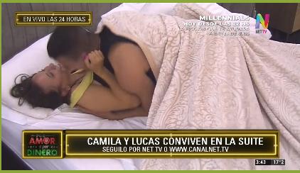 Camila y Lucas en la cama