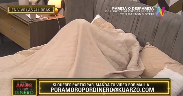 Lionel y Belén bajo las sábanas