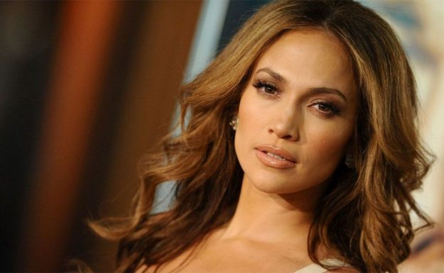 Jennifer lópez confesó que fue víctima de acoso sexual