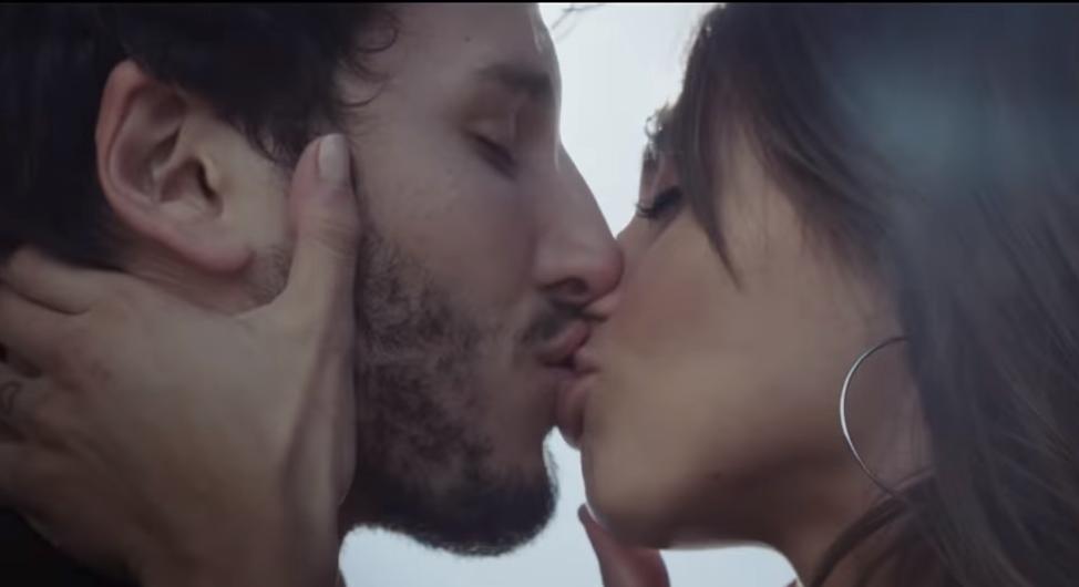"Sebastián Yatra y Tini en ""Cristina"""