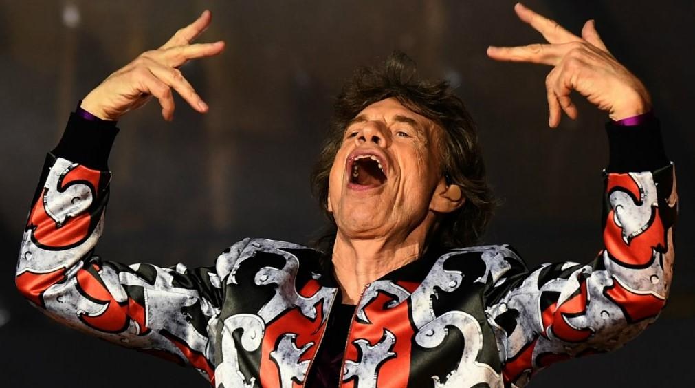 Mick Jagger debe ser operado del corazón