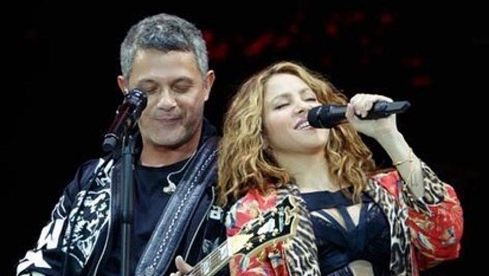 Shakira invitada sorpresa en concierto de Alejandro Sanz