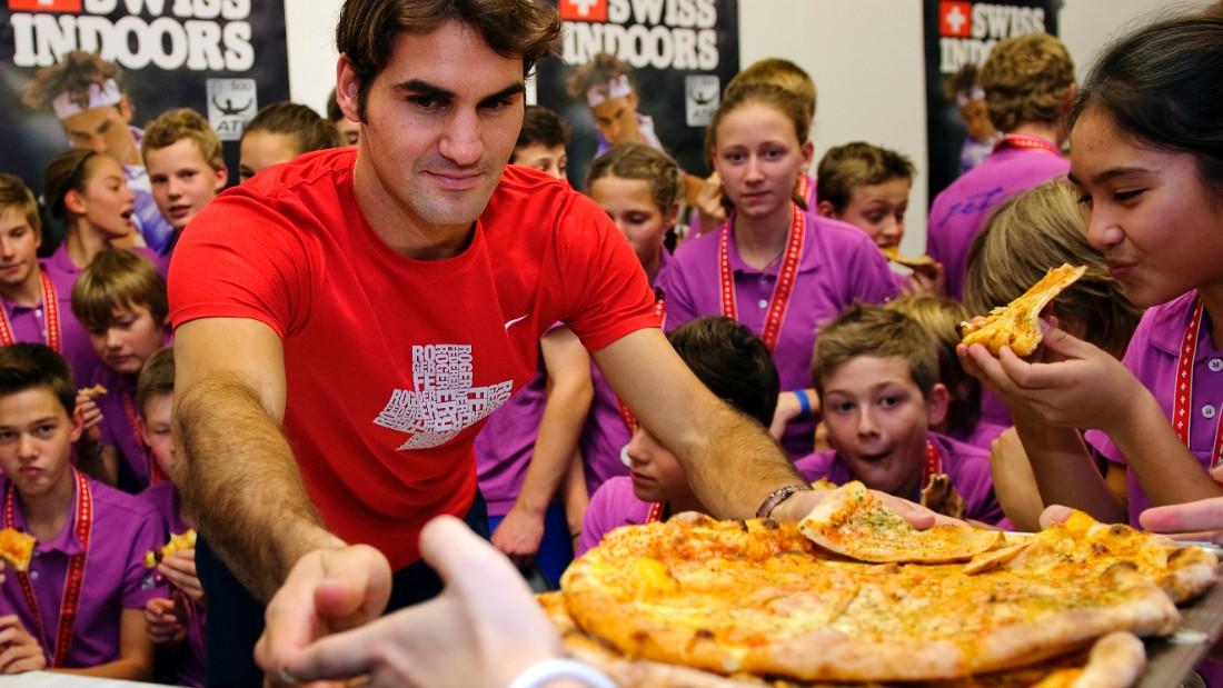 Cuánto cuesta cenar con Roger Federer en Argentina