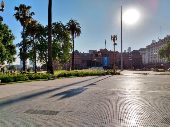 plaza de mayo sin rejas
