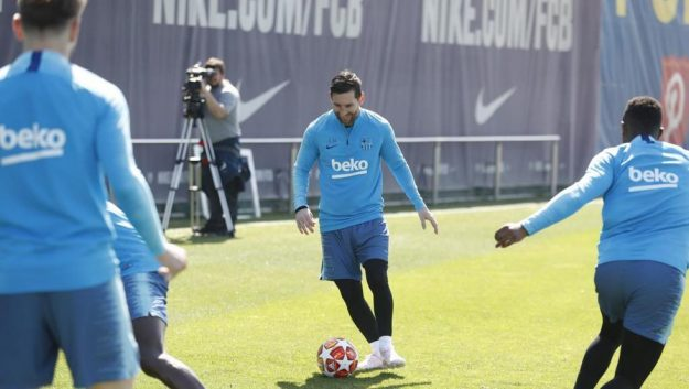 Messi y Todibo en Barcelona