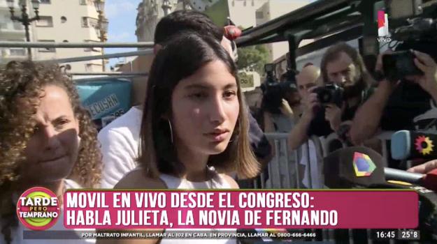 Julieta, novia de Fernando Baéz Sosa