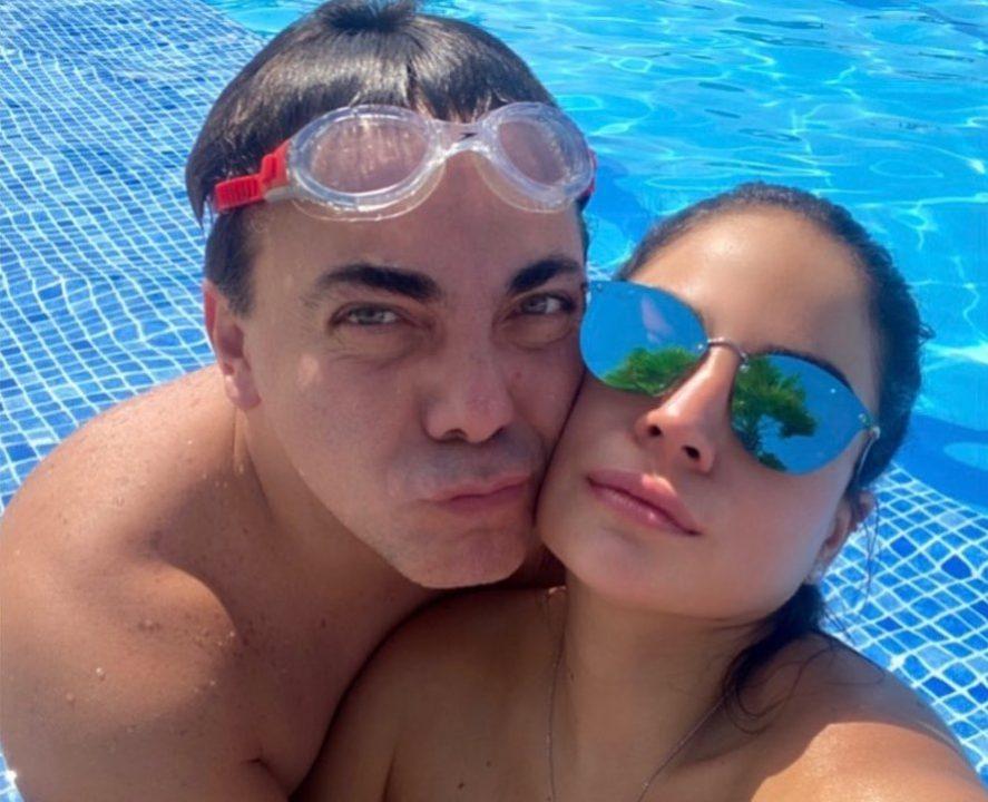 Cristian Castro contó que la está pasando mal por la ruptura con su novia