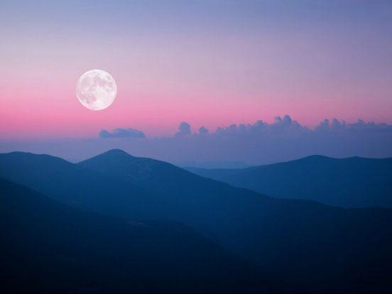 superluna-rosa-de-abril