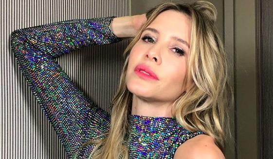 Guillermina Valdés estrenó soltería en sensual traje de baño