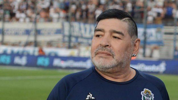 Indignación: se filtró la foto de Diego Maradona muerto